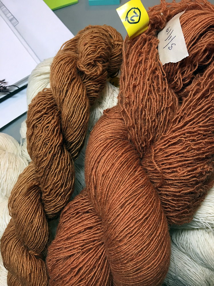 Sample skein to the left dyed in a jar, full skein with same formula dyed a few days later… not exactly a match!
