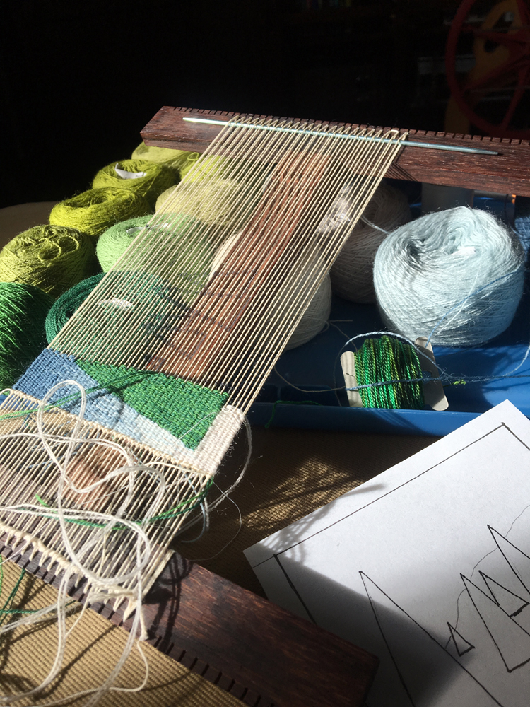 Hokett loom weaving