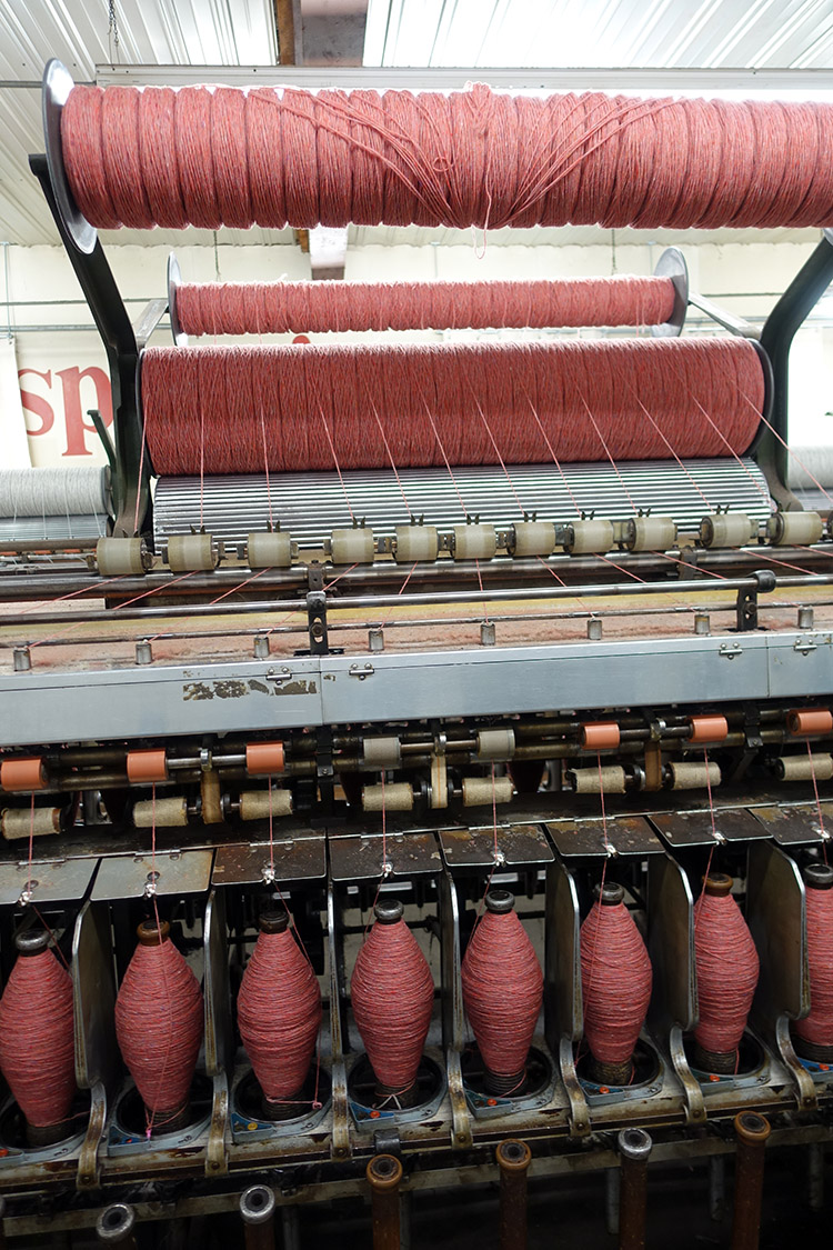 Pencil roving on the spinning machine