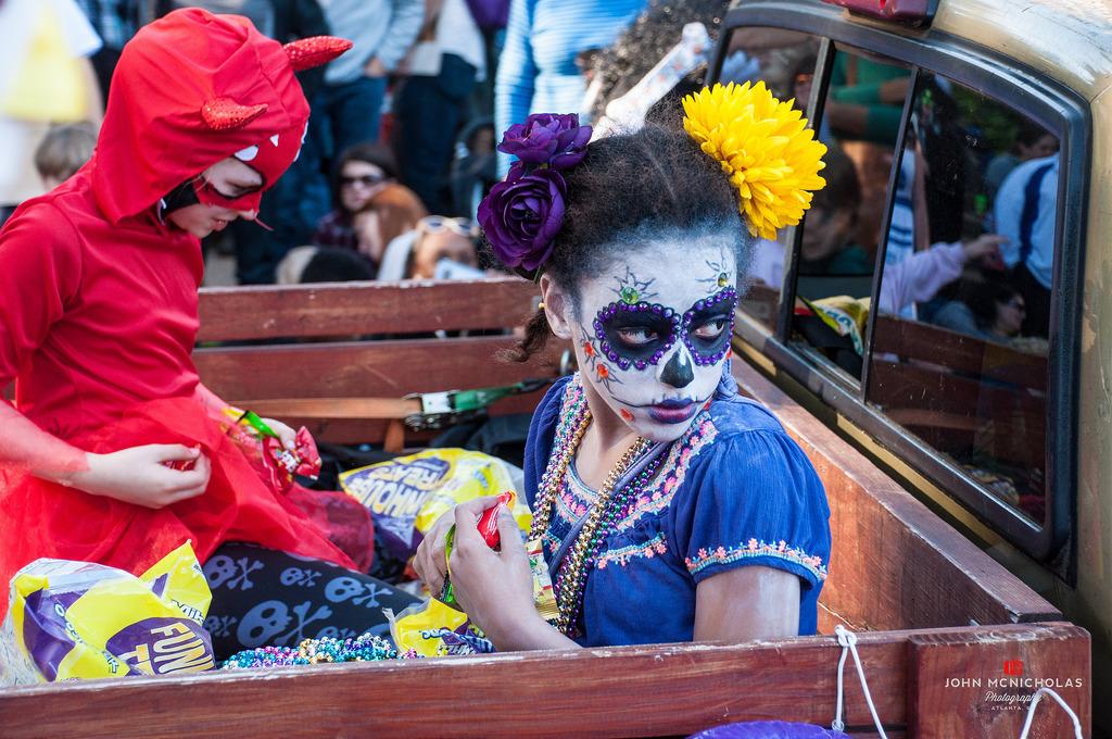 15th Annual Little 5 Points Halloween Festival & Parade_22298936083_l.jpg