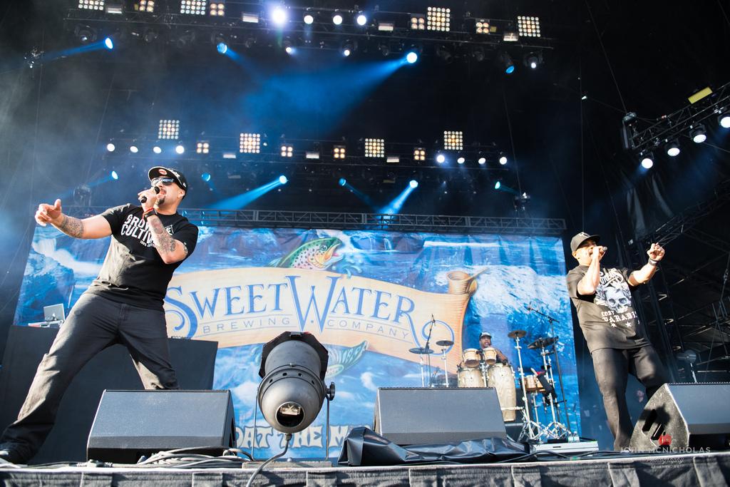 Cypress Hill_26802156585_l.jpg