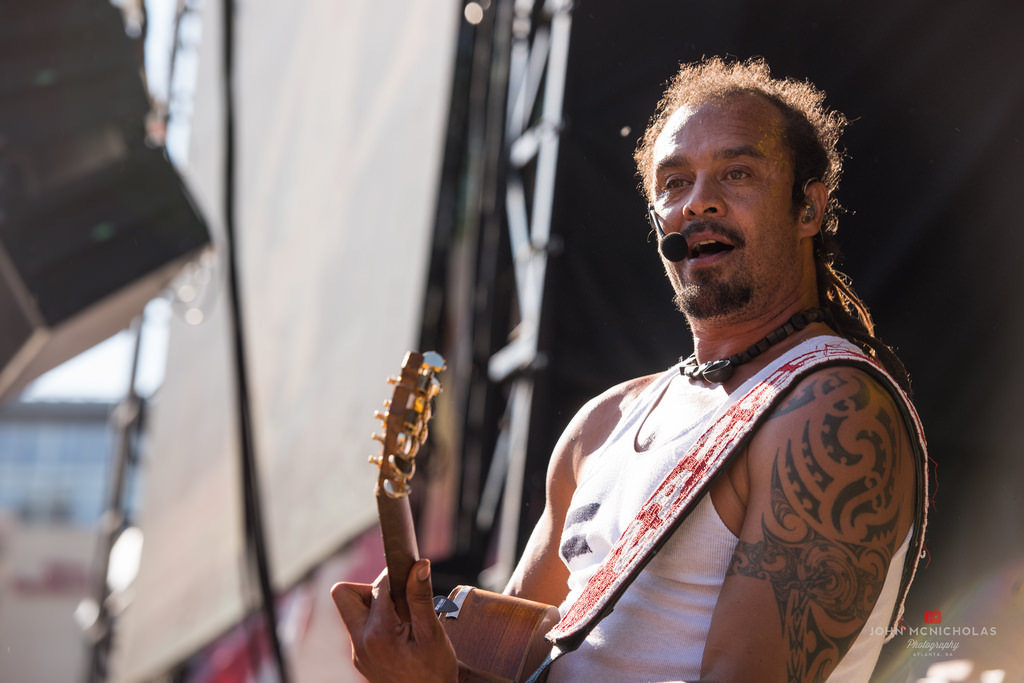 Michael Franti and Spearhead_26357681184_l.jpg