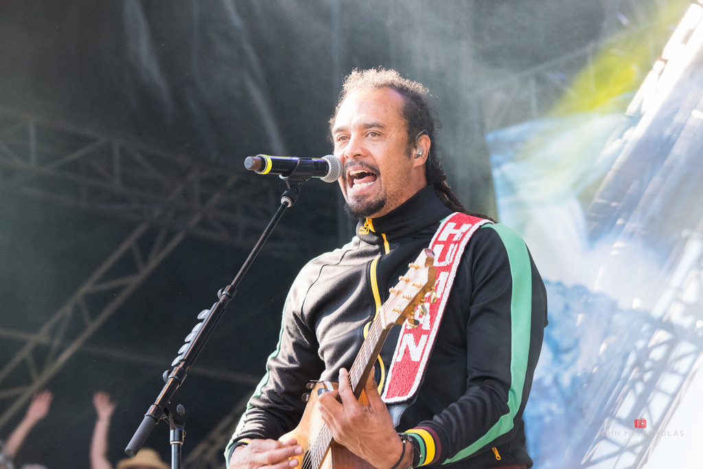 Michael Franti and Spearhead_26358710273_l.jpg