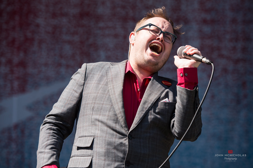 St Paul and the Broken Bones_28752592335_l.jpg