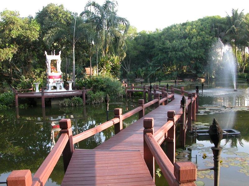 resort shrine.jpg