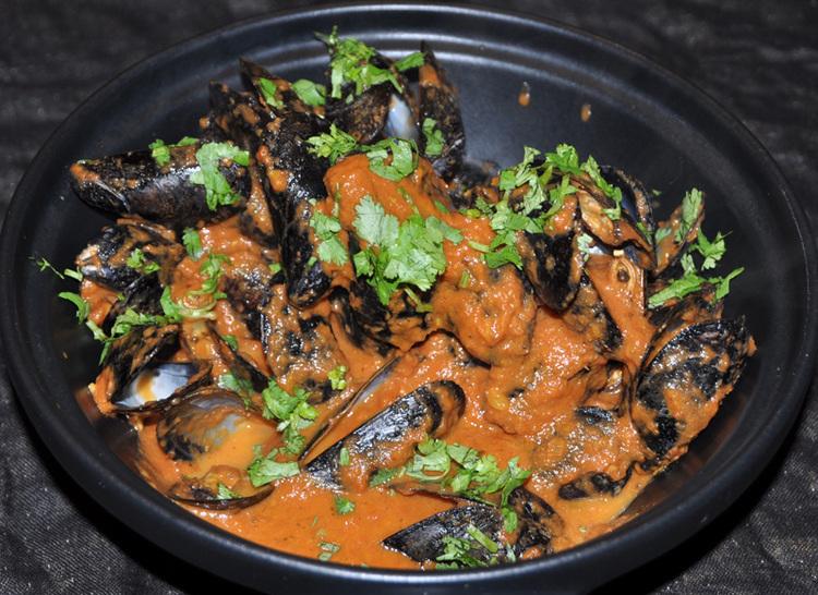 Butter Mussels Masala
