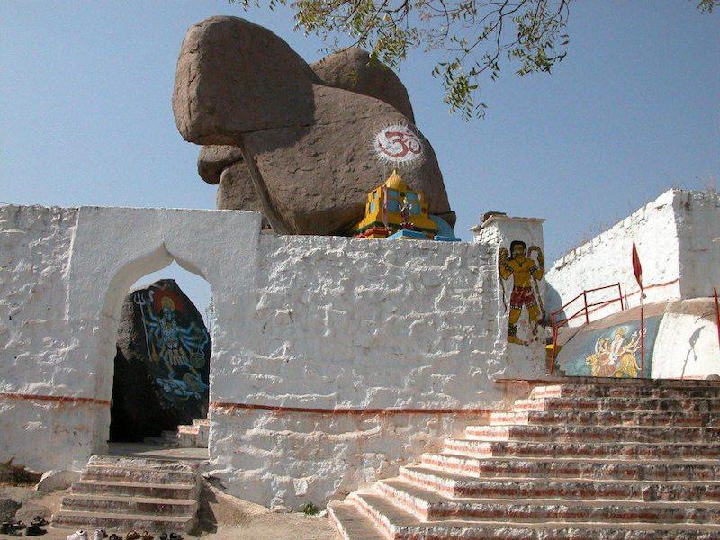 temple,2.jpg