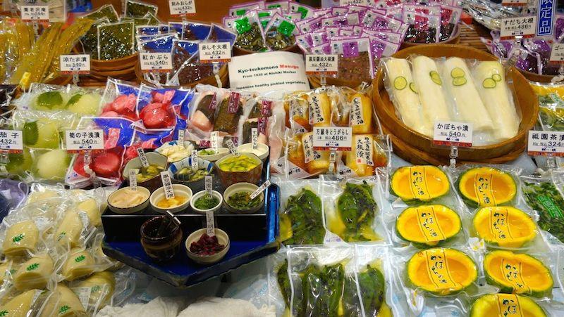 Tokyo, Tsukuji Market 16.jpg