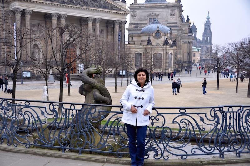 Cardamom Halwa Blondies In Dresden