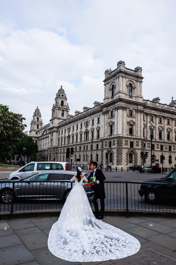 A wedding photoshoot in London, England.