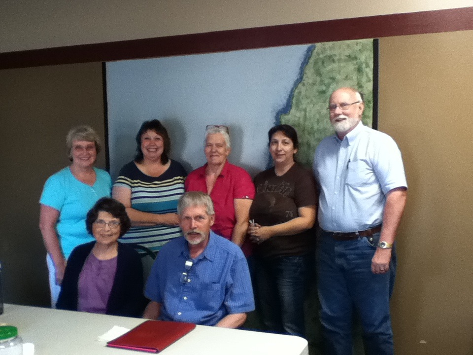 Front: Carolyn Bickel and Bob Hansen. Back: Kristie Kandoll, Barbara Blakey, Joyce Scott, Debby Lee and Kyle Pratt.