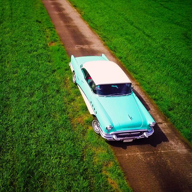 We made a clip about #classiccars! #djiinspire1 #inspire1 #dji #drone #dronestagram #drones #oldtimers #oldtimer #linkinbio #droneflyingco #dronefolio #dronephotography