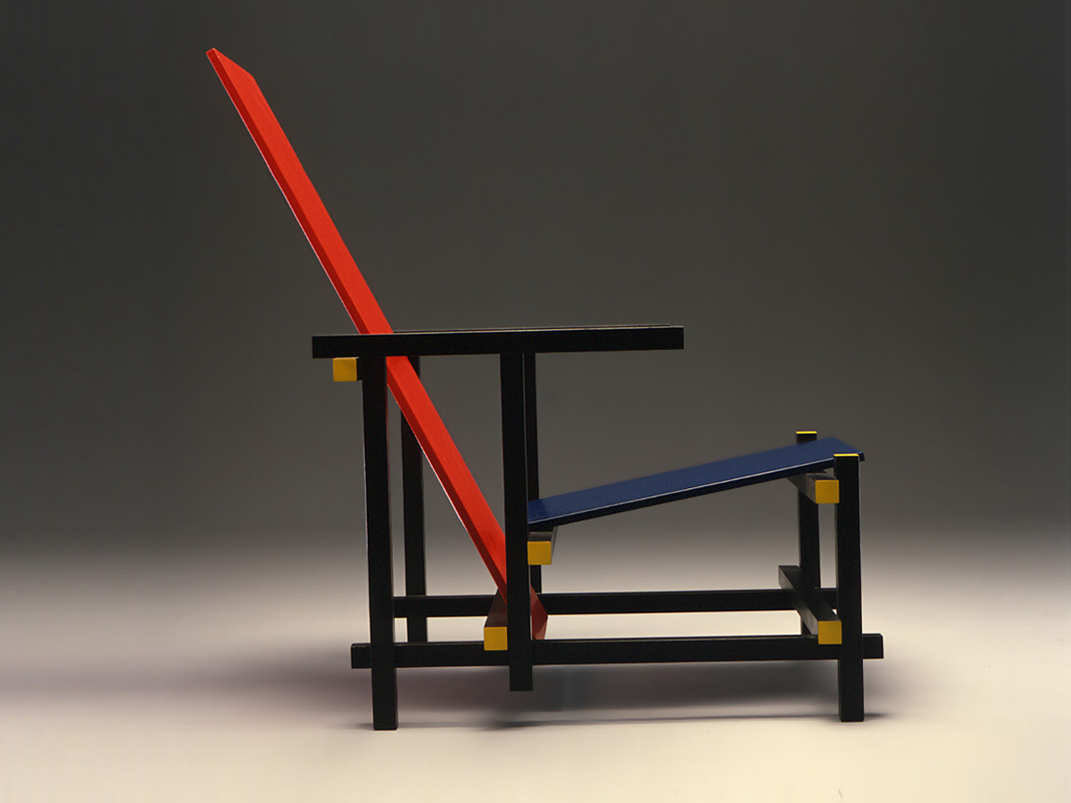 Fig 1.2  | Rød-blå stol, 1917, Gerrit Rietveld.