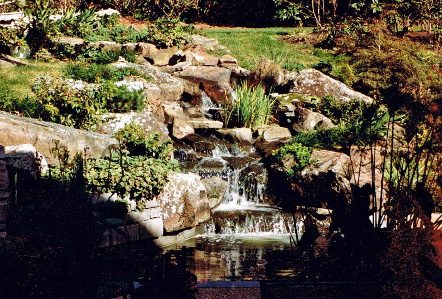 Waterfall Schnucks 03.jpg