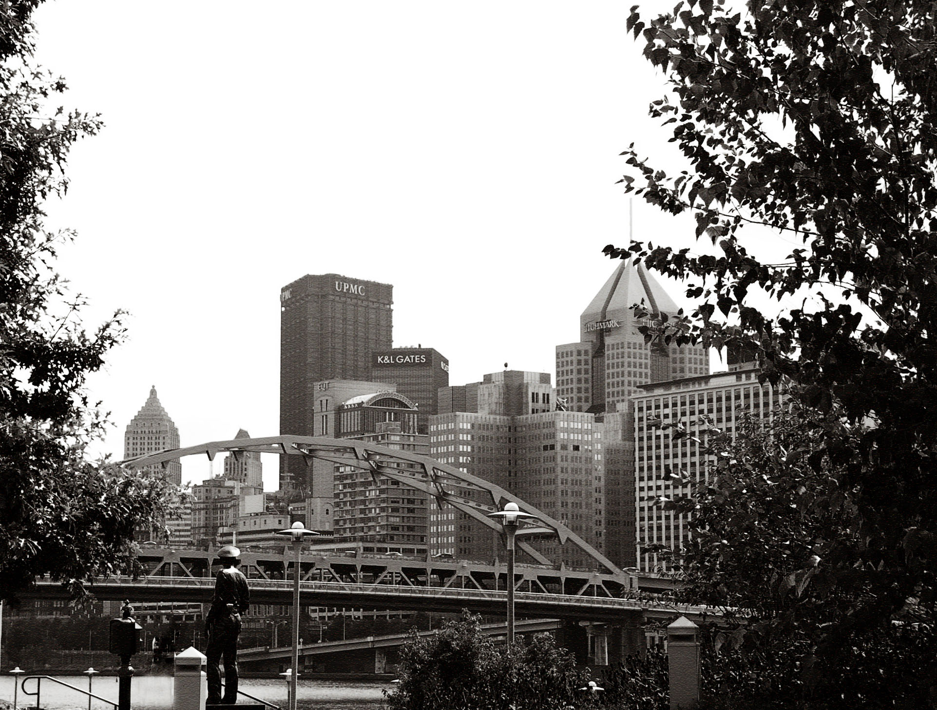 Pittsburgh-Skyline-from-Heinz-Field1.jpg