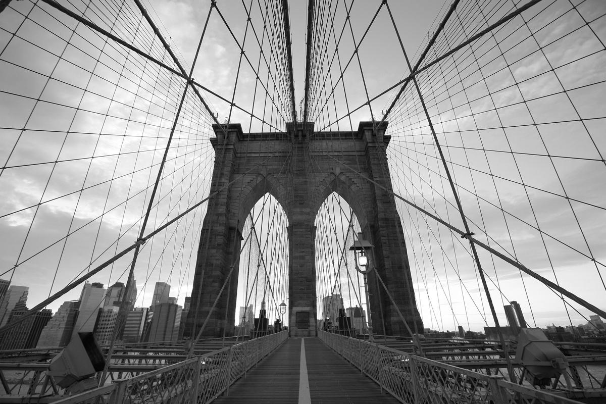 Brooklyn Bridge 2 bw.jpg