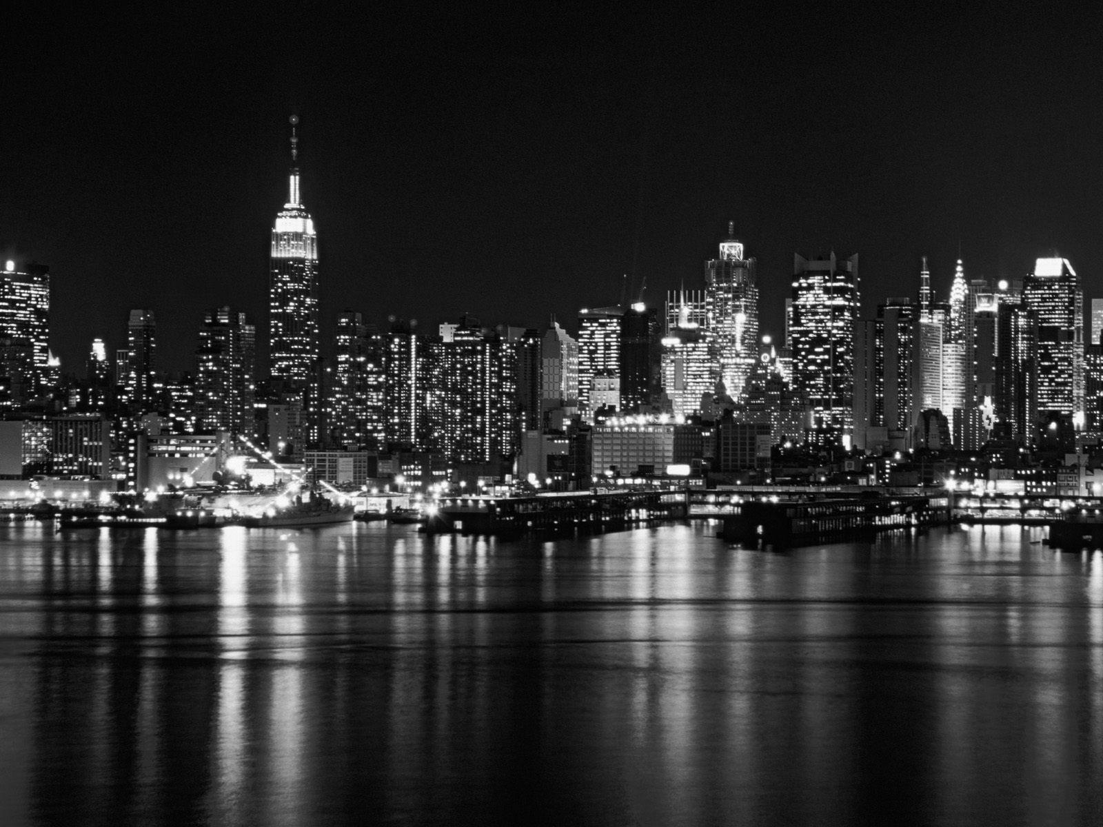 NYC 2 bw.jpg