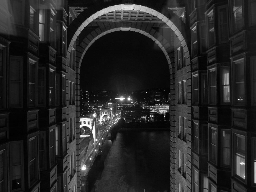 Pittsburgh Night 7 bw.jpg