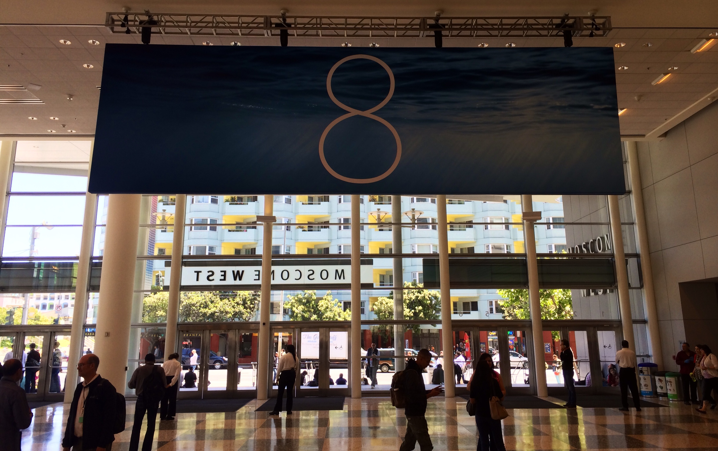 iOS 8 banner in Moscone West (K. Sliech, iPhone 5S)