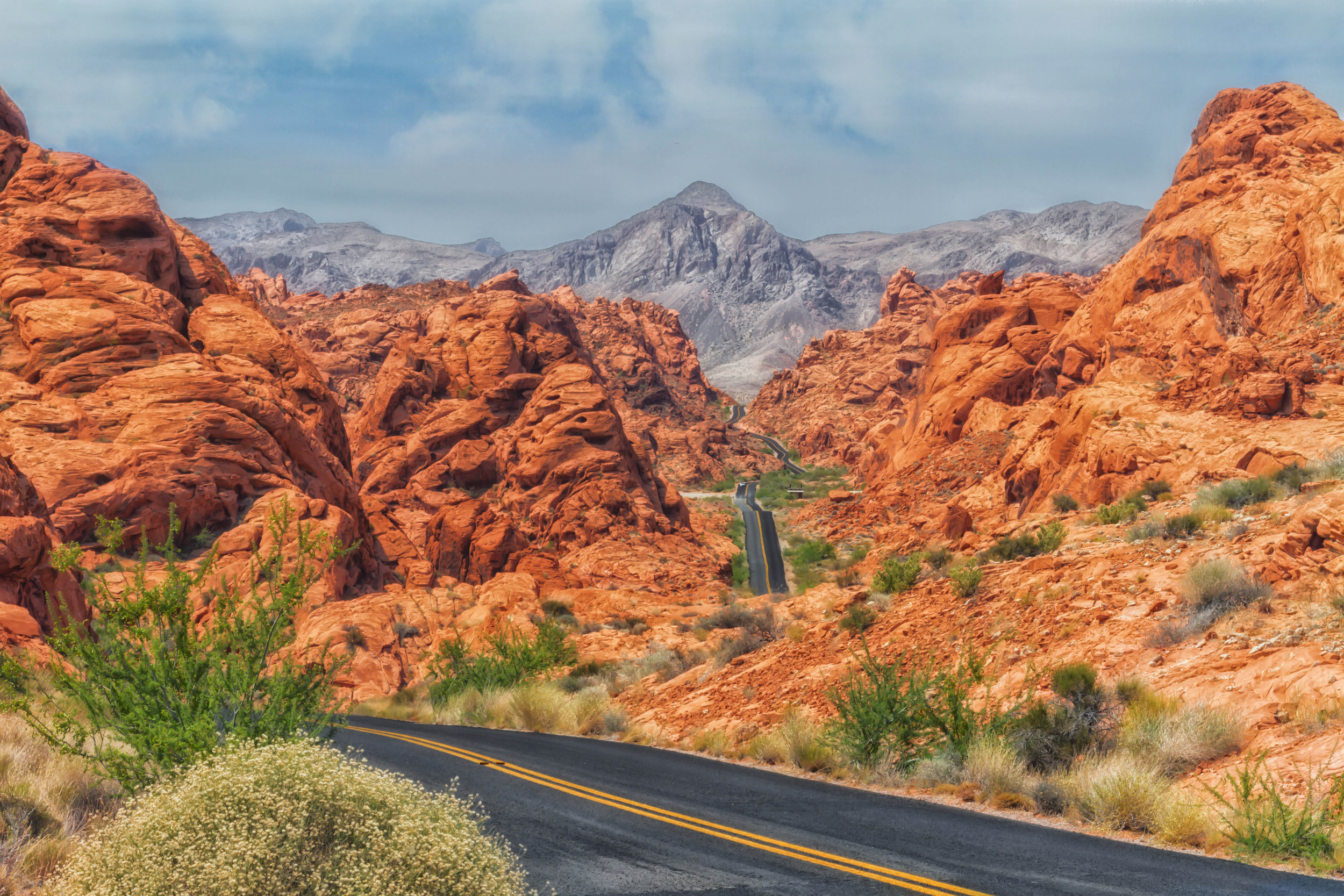 Valley of Fire State Park, Las Vegas, NV.  Shot with Canon 7D with 24-105mm 4.0L lens on tripod.