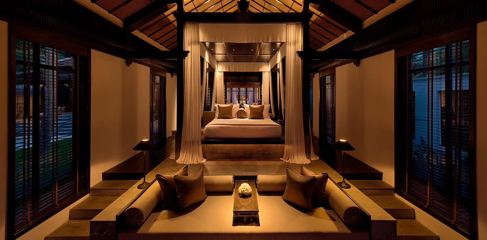 Nam-Hai-Hoi-An_Bedroom-Villa-Interior-01_v-1.jpg
