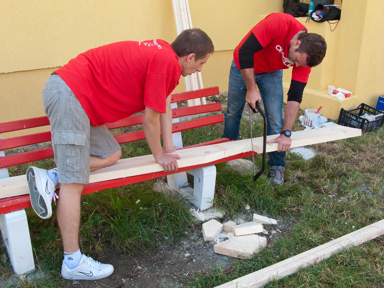 Oracle Volunteer Day
