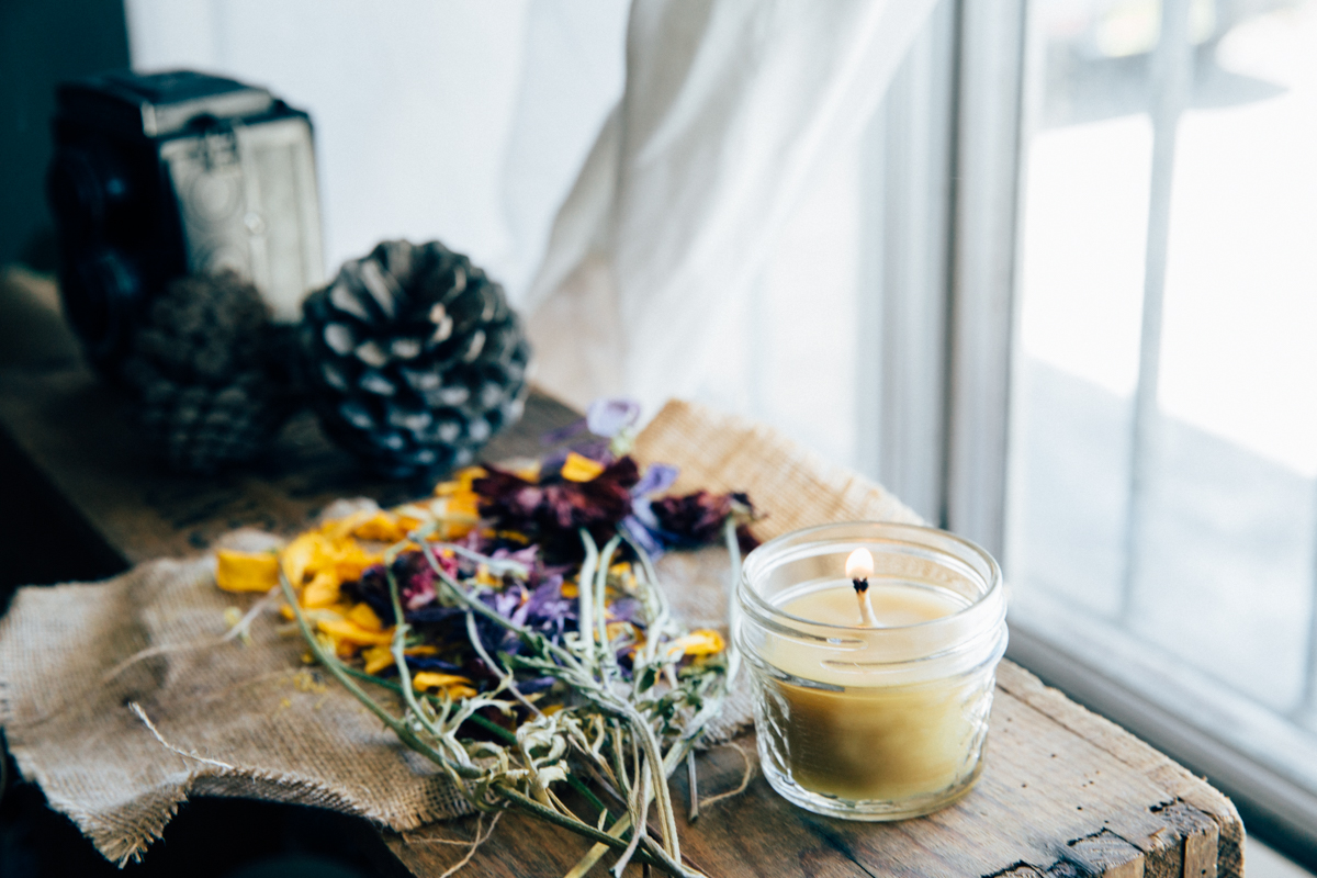 DIY Beeswax Candles | Erika Rax
