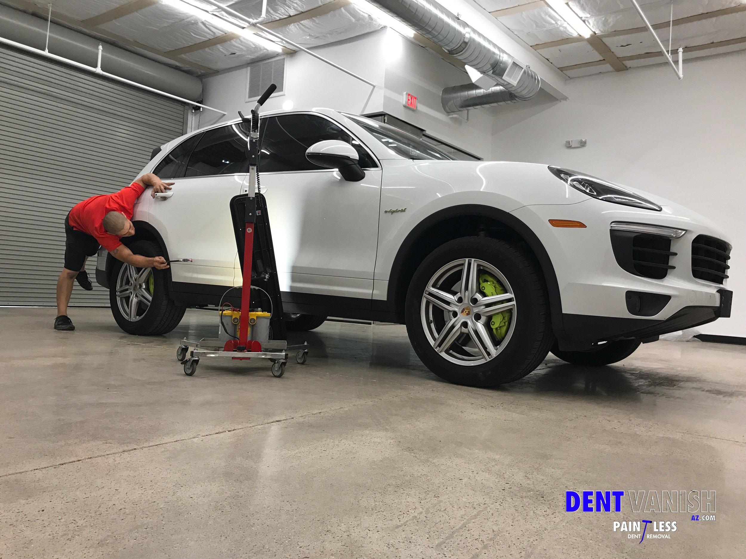 Daniel Porsche Cayenne repair