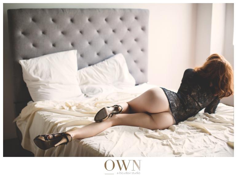 legs woman on bed boudoir photoshoot atlanta
