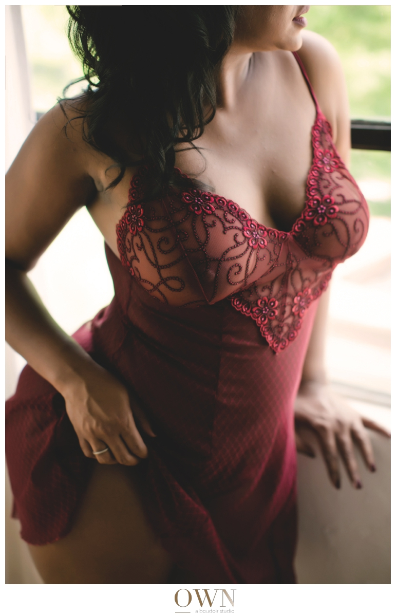 curvy woman boudoir session atlanta georgia own boudoir