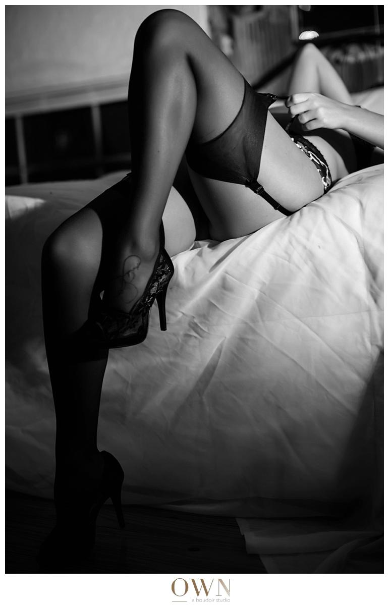 thigh highs garter belt stocking fishnet boudoir photographer dark sensual classy photography atlanta