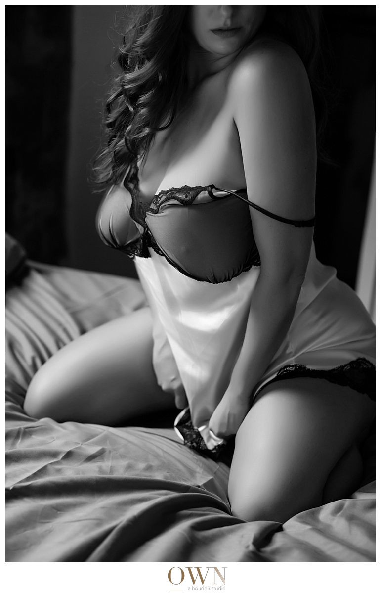 plus size lingerie how to buy lingerie boudoir photography portland atlanta newyork san francisco