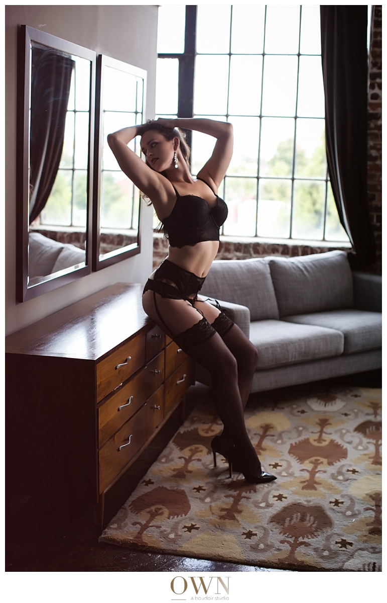 thigh highs garter belt boudoir photography shoot