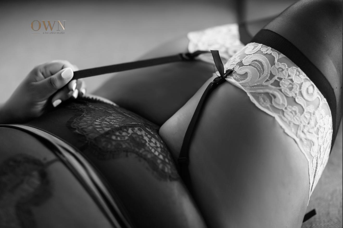 thigh high lingerie, lingerie photographer, boudoir atlanta atlanta boudoir photographer, boudoir photography, best boudoir atlanta, atlanta photographer, lingerie photographer, boudoir pose ideas