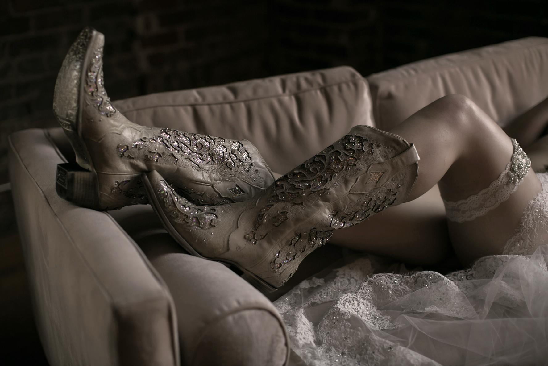 bridal boudoir atlanta, atlanta boudoir photographer, boudoir photography, wedding boudoir, sexy photos, cowboy boots