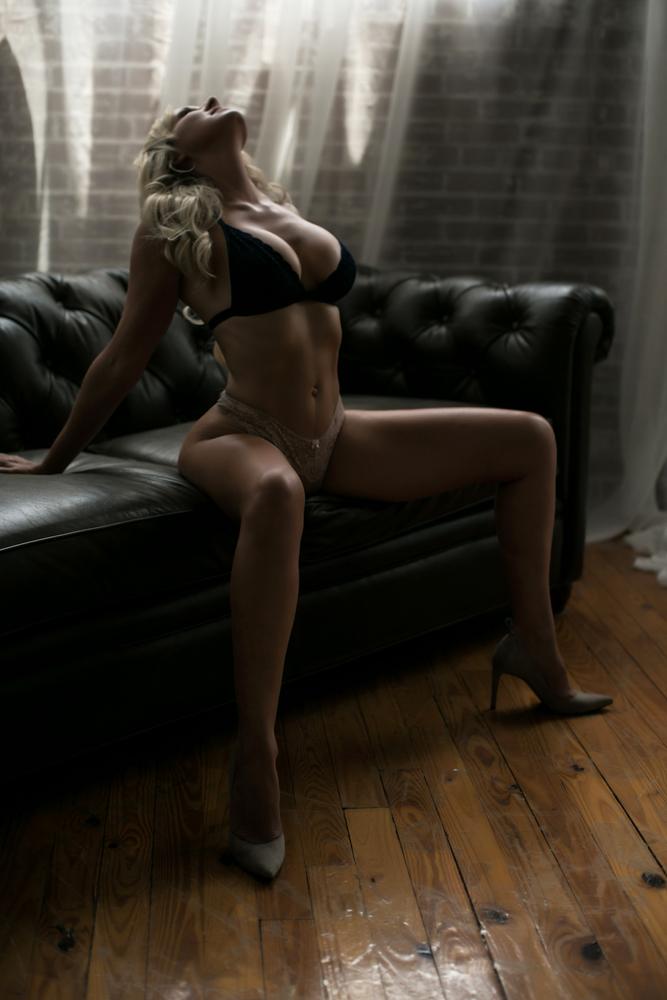 atlanta boudoir photography, boudoir photographer, boudoir shoot, atlanta boudoir, boudoir reviews (1 of 7).jpg