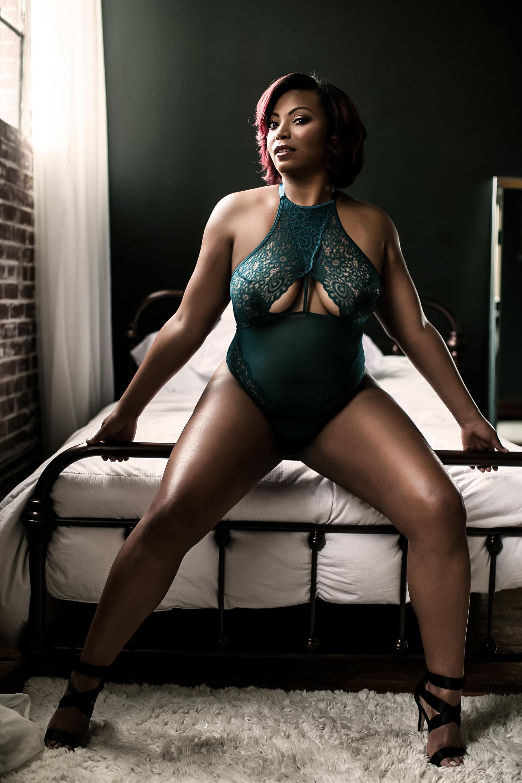 boudoir atlanta, curvy boudoir, boudoir photography, atlanta boudoir photographer, own boudoir, nude boudoir (9 of 9).jpg