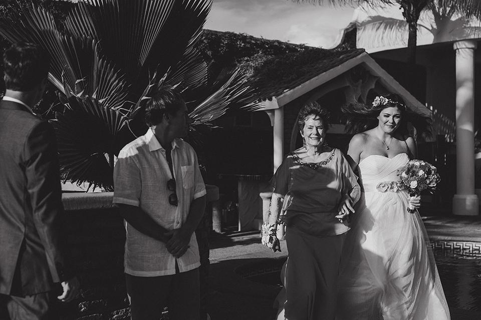 Ashley+Mark_Vallarta_Mazatlan_PuertoVallarta_Blog_KapePhotography_DestinationWedding_WeddingPhotography_Mexico_069.jpg