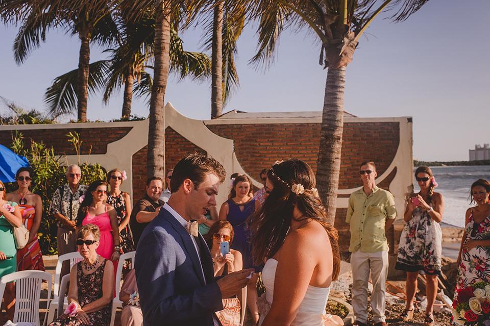 Ashley+Mark_Vallarta_Mazatlan_PuertoVallarta_Blog_KapePhotography_DestinationWedding_WeddingPhotography_Mexico_077.jpg