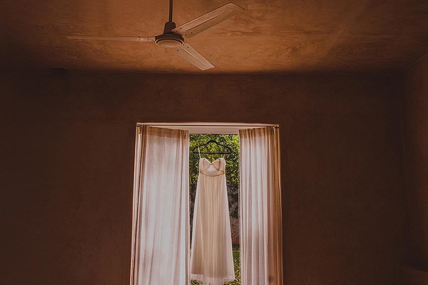 Christine_Nate_Blog_KapePhotography_Merida_Cuernavaca_DestinationWedding_Mexico_WeddingPhotographer_012.jpg