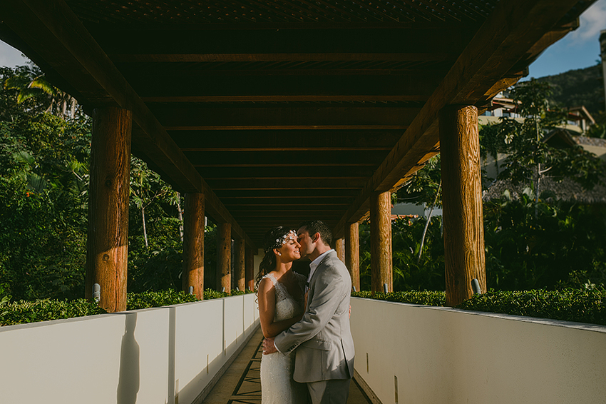 Joshua_Tiffany_Wedding_Puerto_Vallarta_GarzaBlanca_Photographer_Destination_056.jpg