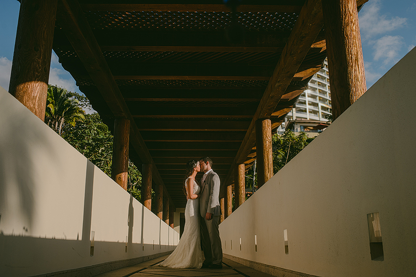 Joshua_Tiffany_Wedding_Puerto_Vallarta_GarzaBlanca_Photographer_Destination_058.jpg