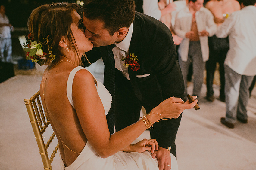 Kelsey+Chris_Blog_PuertoVallarta_DestinationWedding_Weddingphotography_KapePhotography_Mexico_227.jpg