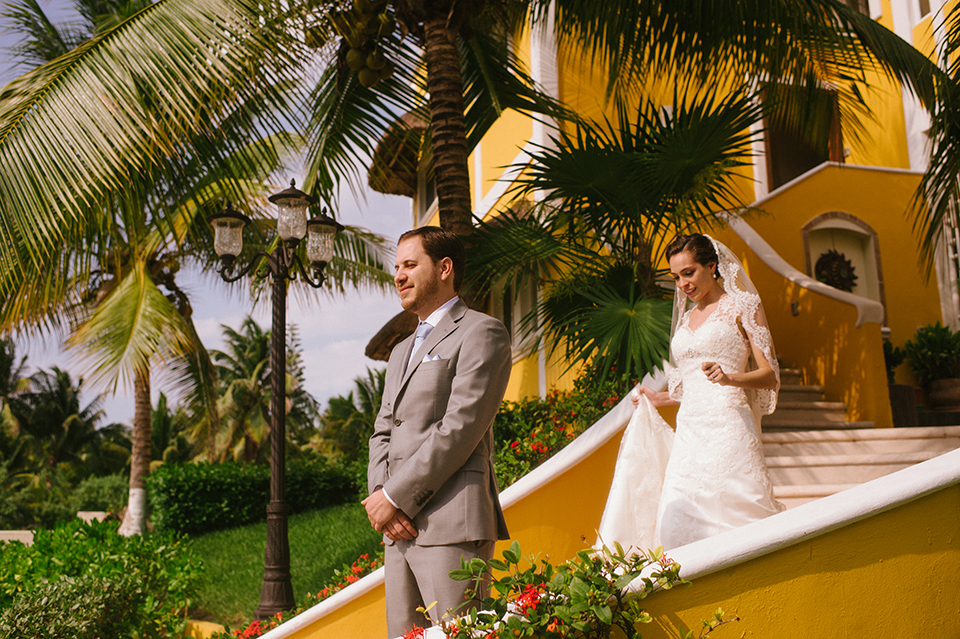 Sam+Alejandro_PlayadelCarmen_KapePhotography_destinationwedding_weddingphotography_mexico_fotografo_boda_cancun_rivieramaya_villasolyluna020.jpg