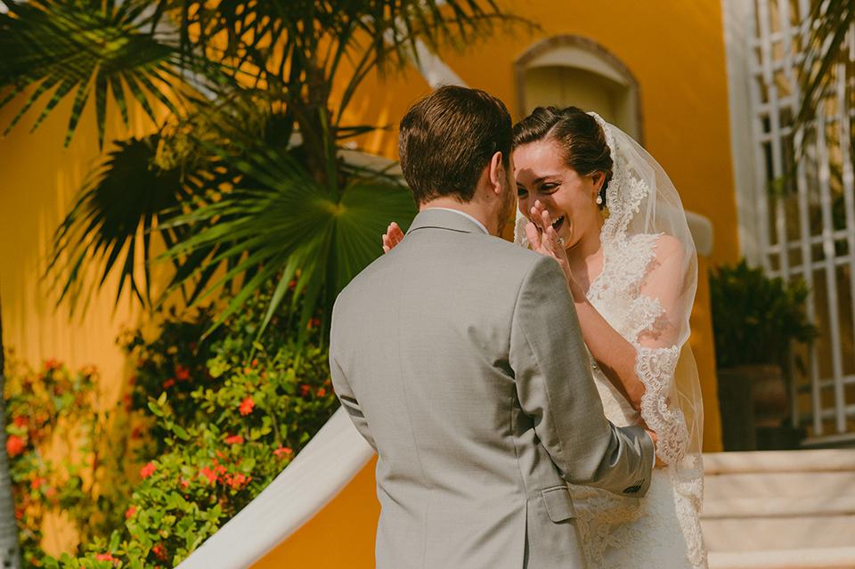 Sam+Alejandro_PlayadelCarmen_KapePhotography_destinationwedding_weddingphotography_mexico_fotografo_boda_cancun_rivieramaya_villasolyluna025.jpg