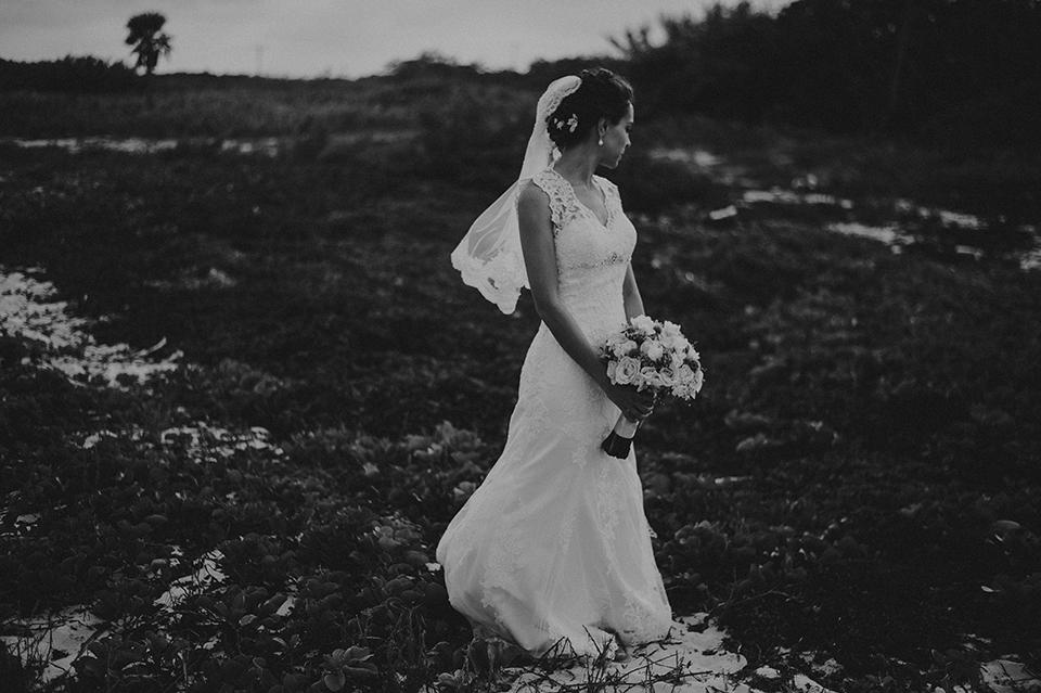 Sam+Alejandro_PlayadelCarmen_KapePhotography_destinationwedding_weddingphotography_mexico_fotografo_boda_cancun_rivieramaya_villasolyluna050.jpg