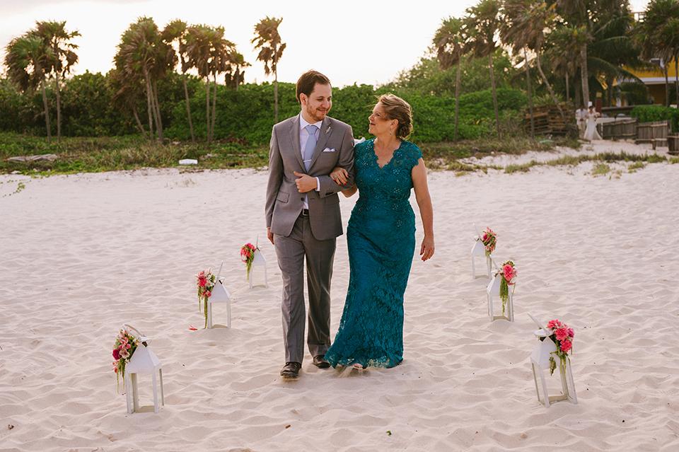 Sam+Alejandro_PlayadelCarmen_KapePhotography_destinationwedding_weddingphotography_mexico_fotografo_boda_cancun_rivieramaya_villasolyluna068.jpg