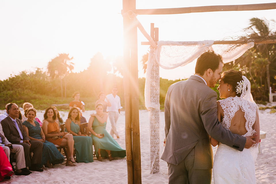Sam+Alejandro_PlayadelCarmen_KapePhotography_destinationwedding_weddingphotography_mexico_fotografo_boda_cancun_rivieramaya_villasolyluna087.jpg