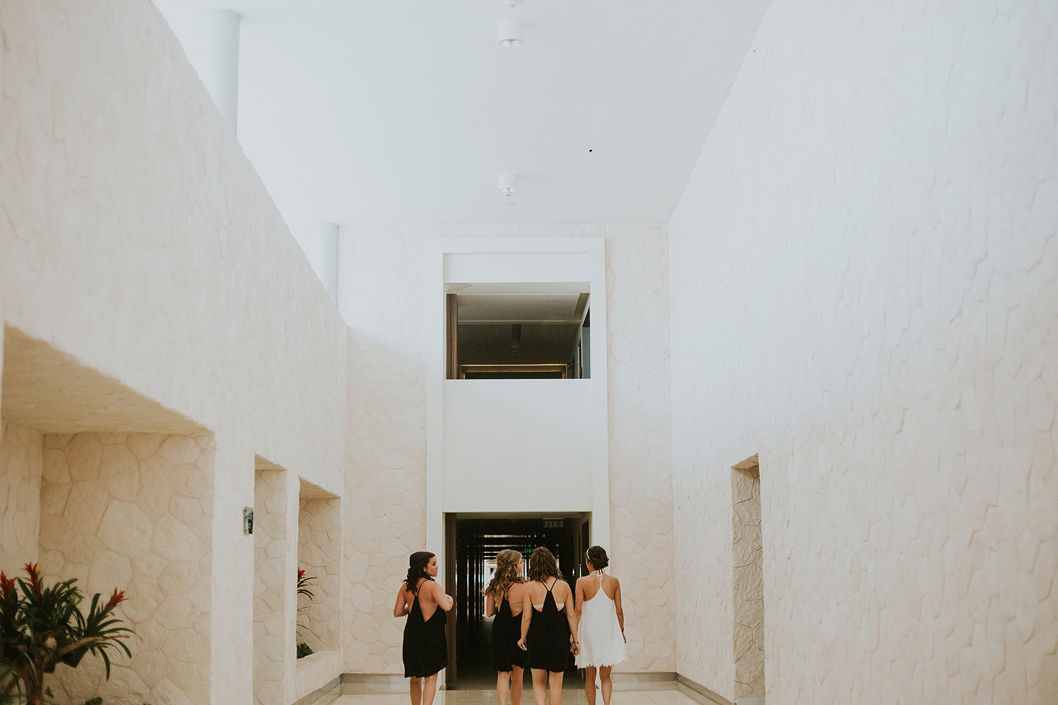 CherylReed_Wedding_Kape_Photography_WeddingPhotography_Mexico_Boda_Fotografia_Royalton_Hideway_Cancun_RivieraMaya_PlayadelCarmen_Beach_065FB_BLOG.jpg