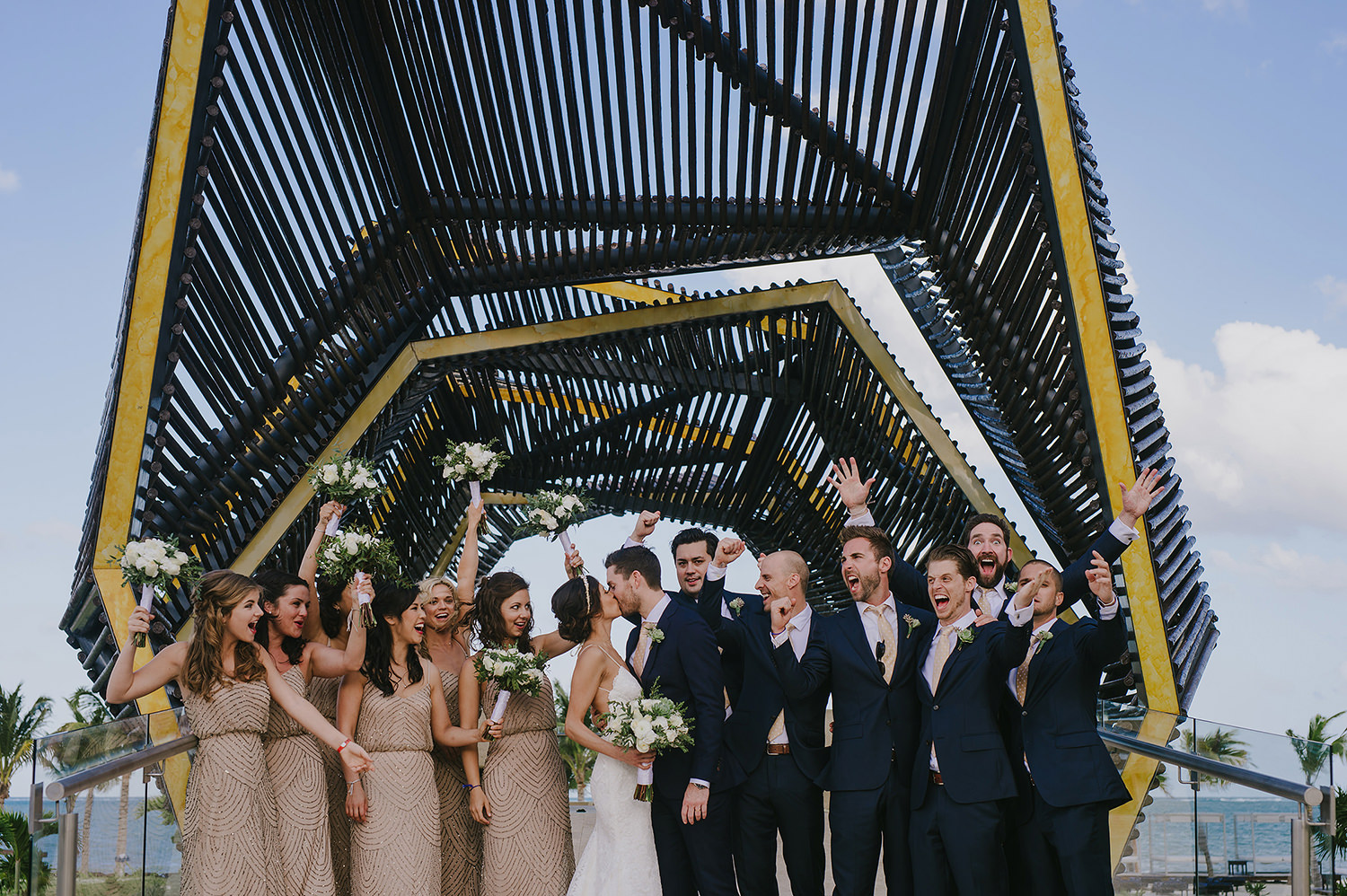 CherylReed_Wedding_Kape_Photography_WeddingPhotography_Mexico_Boda_Fotografia_Royalton_Hideway_Cancun_RivieraMaya_PlayadelCarmen_Beach_398FB_BLOG.jpg